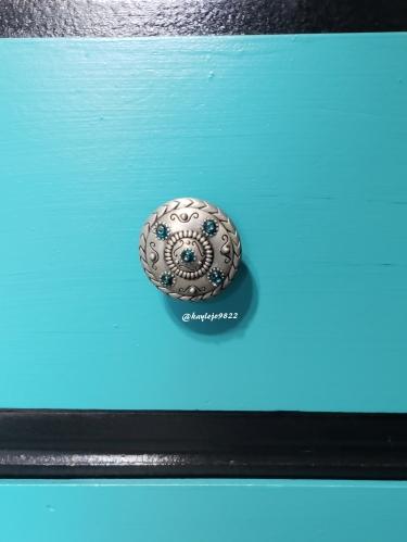 knob close up